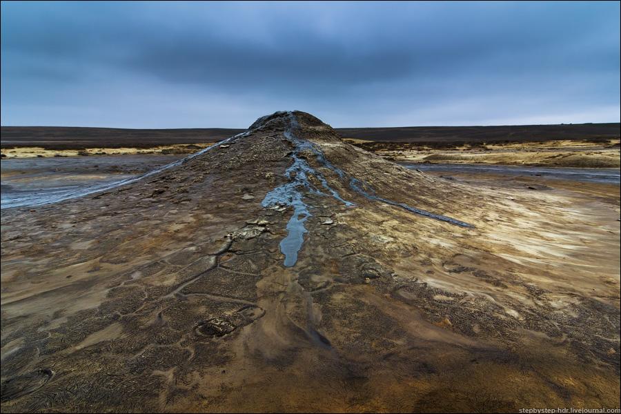 Долина грязевых вулканов