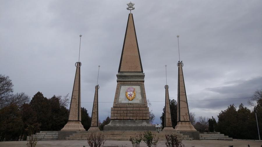 Памятник Славы воинам 2-ой гвардейской армии