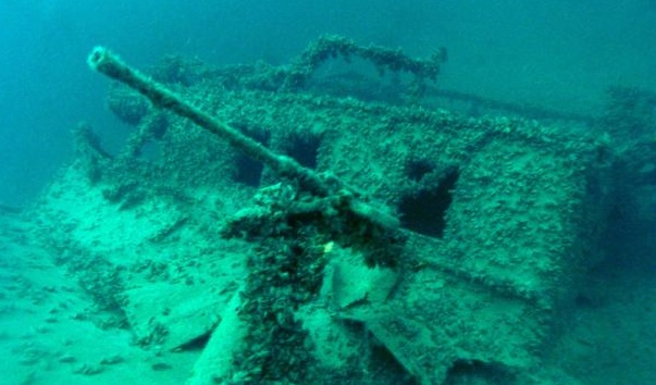 Затонувшее судно Цесаревич Алексей